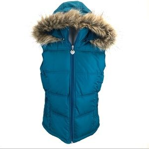Maurices puffer vest w/ faux fur hood